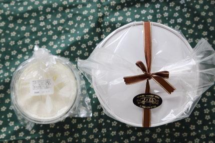 高知市JOELさんのチョコレートシフォン 17cm 生クリームセット2350円(税込)