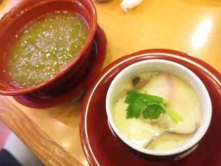 味噌汁と茶碗蒸し