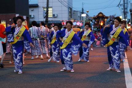 上越市民謡協会さんの踊り
