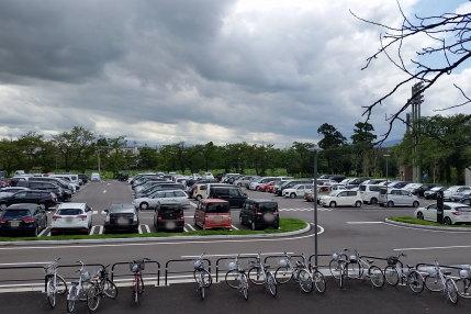 駐車場は、満車状態