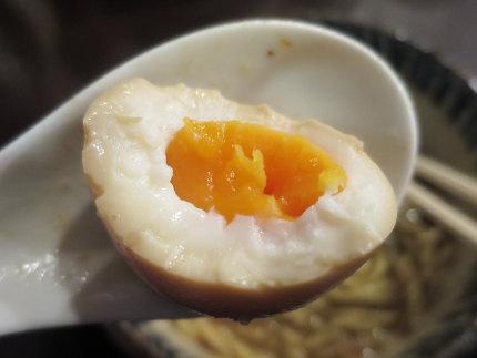 味玉50円(税込)