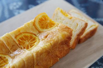 山梨コーナーポケットのオレンジパン1080円(税込)