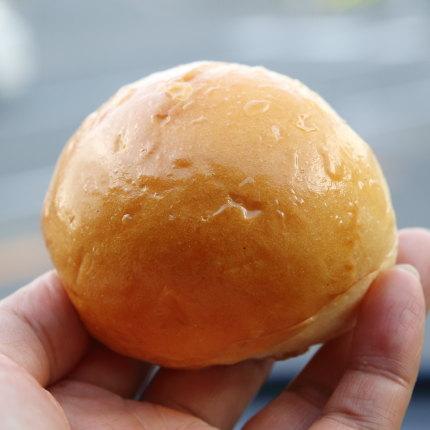 バターロールのようなパン