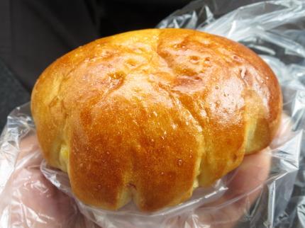 クリームパン180円(税別)