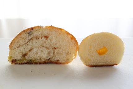 豆パン、しおパン