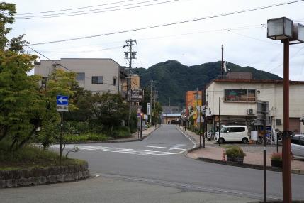 長野電鉄小布施駅前の道路