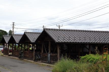 長野電鉄小布施駅の自転車小屋