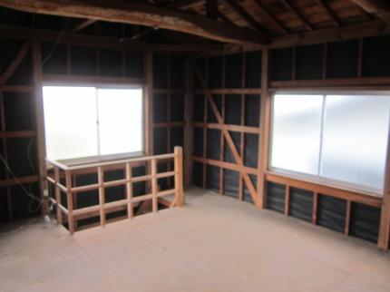 納屋の2階
