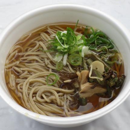 山菜そば500円税込