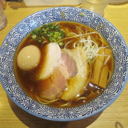 特製(醤油)芳醇香味そば1330円税込