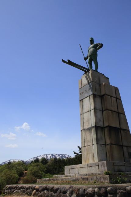 レルヒ少佐の像