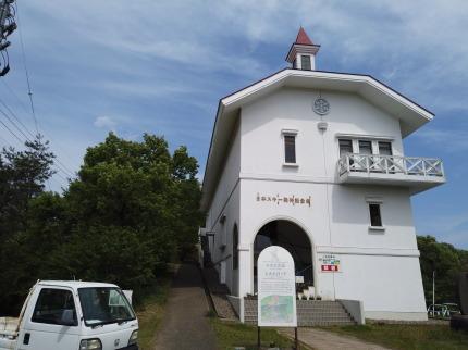 日本スキー発祥記念館脇の道