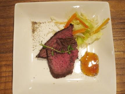 国産牛のランプ肉を使っての自家製ローストビーフ