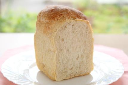 純食パン420円税込
