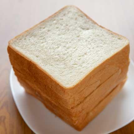 食パン1斤300円税込