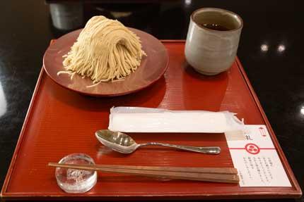 箸とスプーン