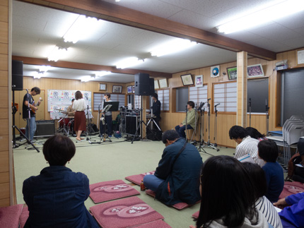 五ノ辻稲荷神社特設ステージ