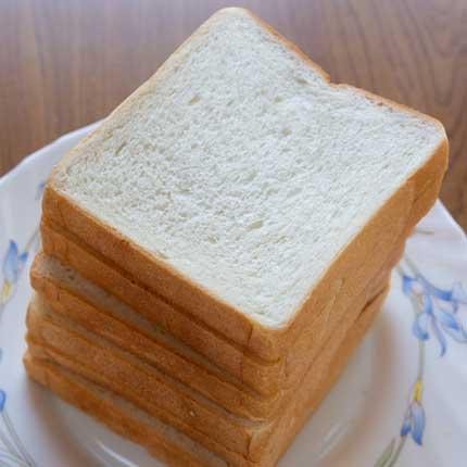 食パン1斤6切り300円税別