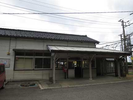 糸魚川市市振駅