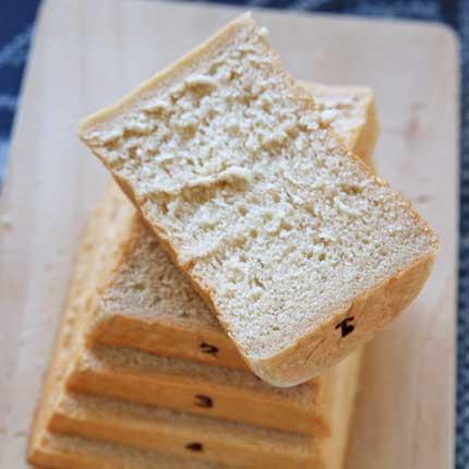 わりと甘めの食パン