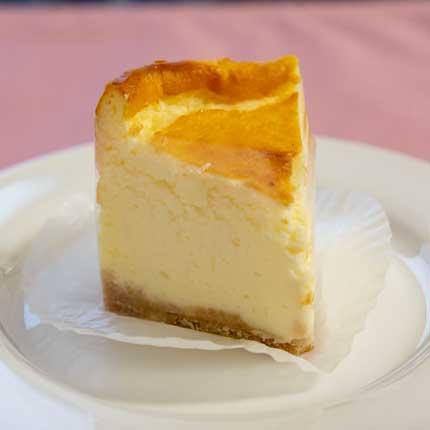 ベイクドチーズケーキ400円税込