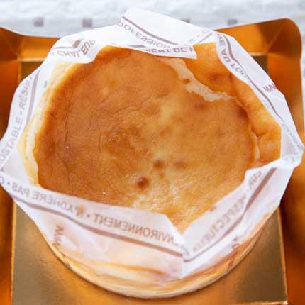 ベイクドチーズケーキ2000円税込