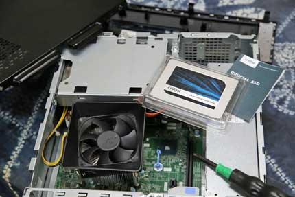 メモリの増設とHDDをSSDに変更