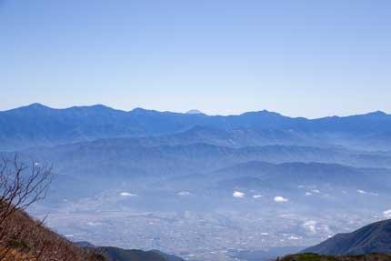 富士山、南アルプスの北岳、間ノ岳と日本の1,2,3位の山を一望