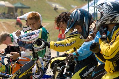 BMX選手の表情