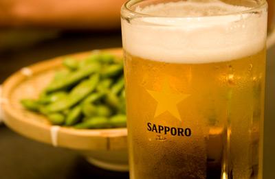 締めはやっぱり、ビールと枝豆