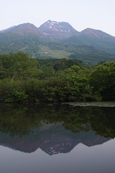 チョイ朝焼けの妙高山