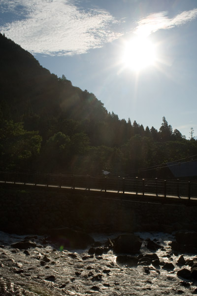 午前6時の光