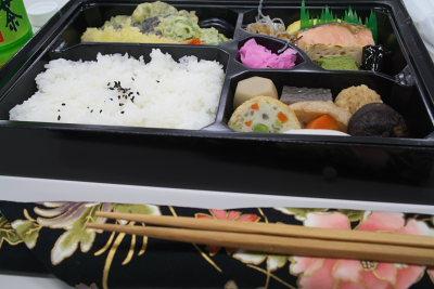 マイ箸で食べるお弁当