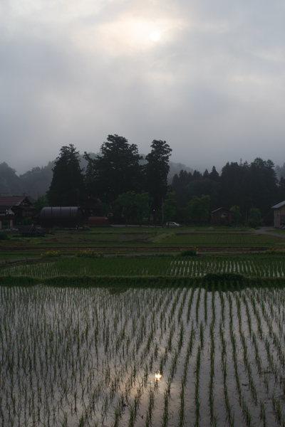 朝日と荻ノ島地区の田