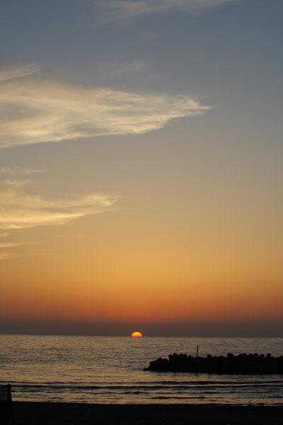 沈みかけの夕日